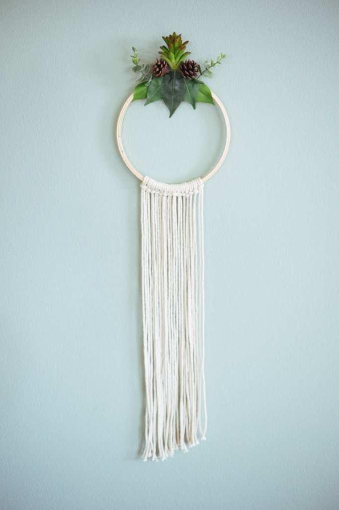 DIY Wreaths - Minimalist Fall Wreath DIY
