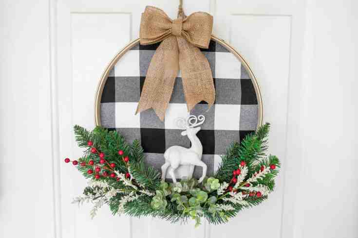 Stylish DIY Christmas Wreath With Buffalo Check