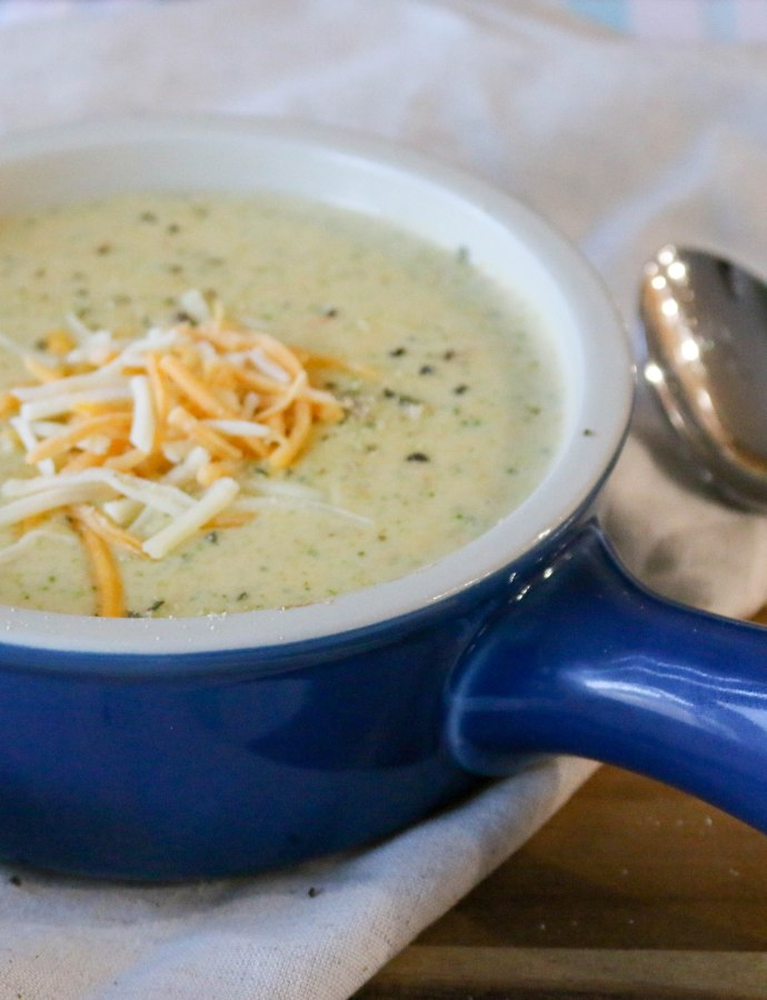 One Pot Broccoli Cheddar Soup