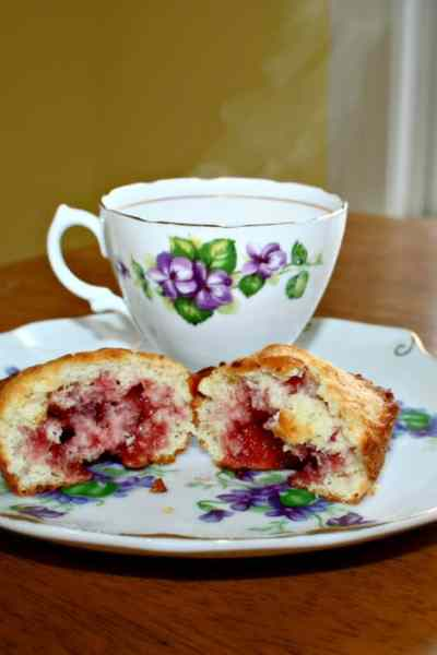 raspberry filled muffin recipe