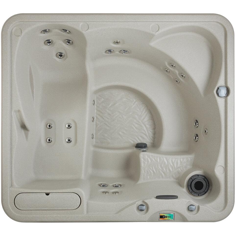 Foto van bovenaf van een bad van merk Fantasy. Het type van de spa is Entice. Het bubbelbad is uitgevoerd in de kleur sand.