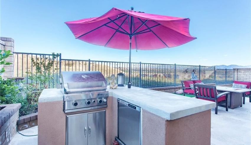 Outdoor Kitchen Ideas For Small Spaces Expert Guide