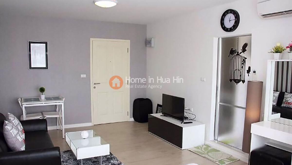 Baan Peang Ploen 585 Living Room