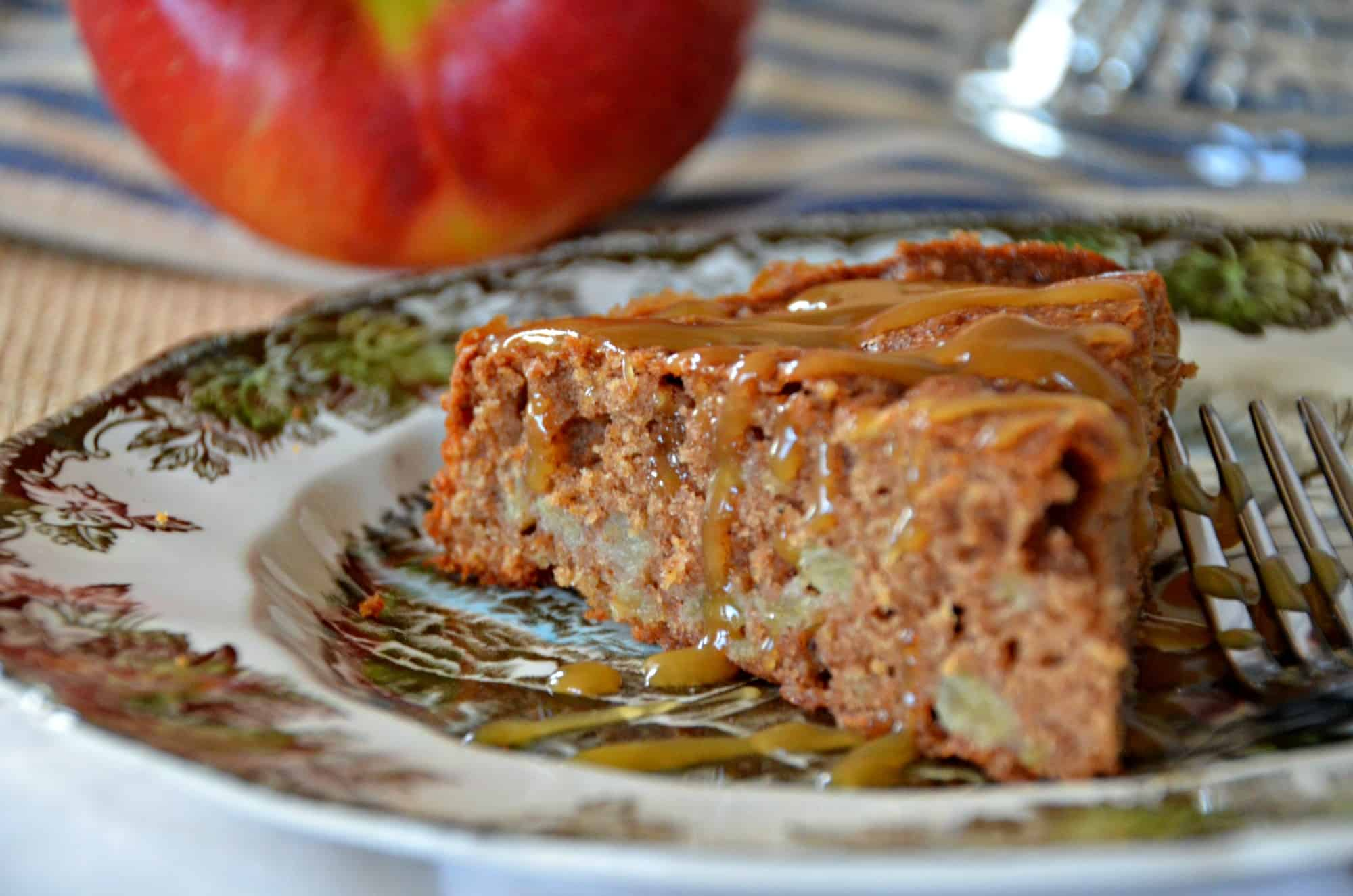 Chunky Apple Spice Cake