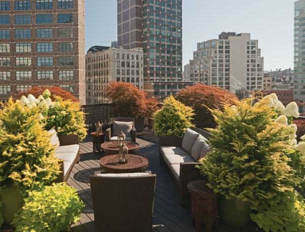 rooftop garden manhattan new york New Book Highlights Amazing Manhattan Rooftop Terraces and