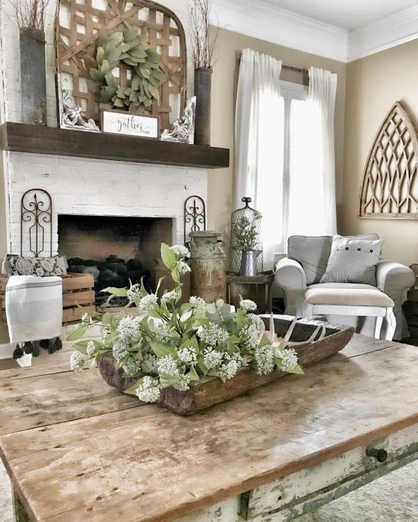 100 Charming Farmhouse Living Room Ideas to Try at Home on Farmhouse Style Living Room Curtains  id=25293