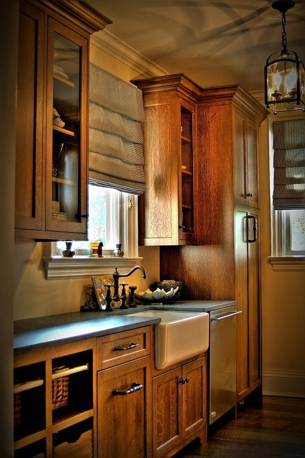 100 Inspiring Farmhouse Sink Ideas for the Kitchen and ... on Farmhouse Kitchen Sink Ideas  id=59682