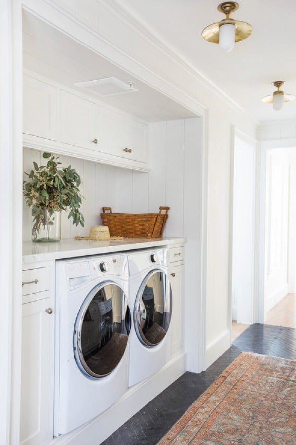 100 Fabulous Laundry Room Decor Ideas You Can Copy on Laundry Decorating Ideas  id=12703