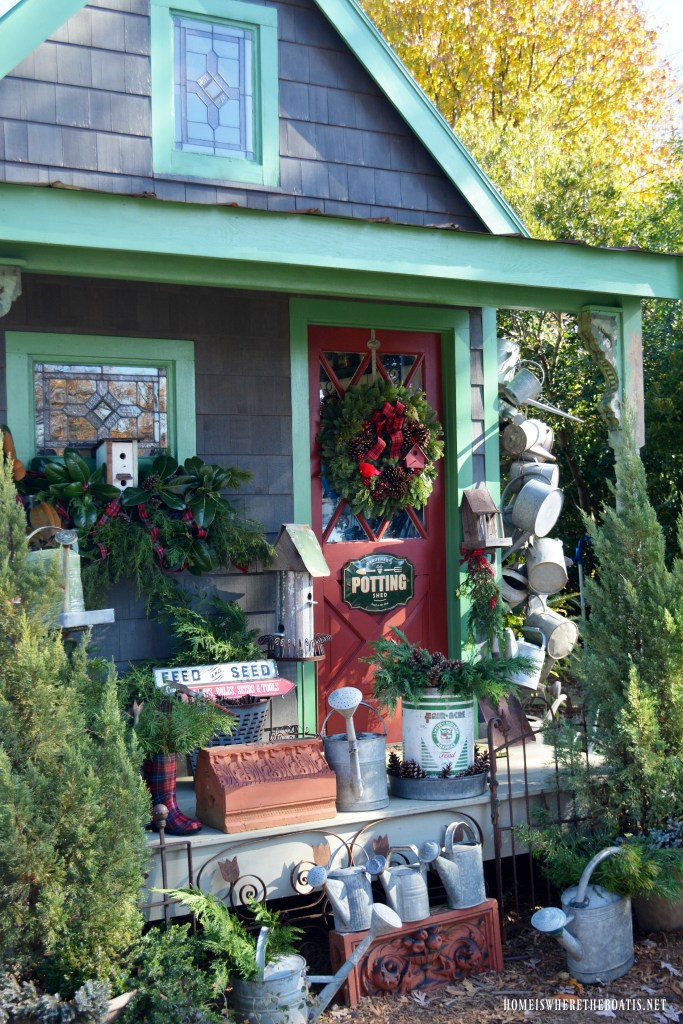 Christmas Greenery Around the Potting Shed | ©homeiswheretheboatis.net