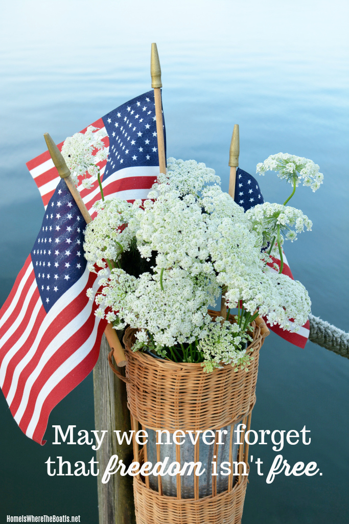 May we never forget that freedom isn't free | ©homeiswheretheboatis.net #flag #july4th #memorialday