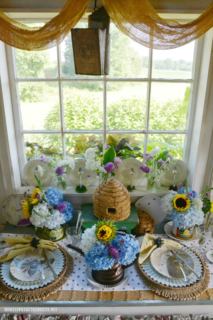 Celebrating National Pollinator Week with 'bee' favorites and tabletop fun | ©homeiswheretheboatis.net #bees #flowers #garden #tablescapes