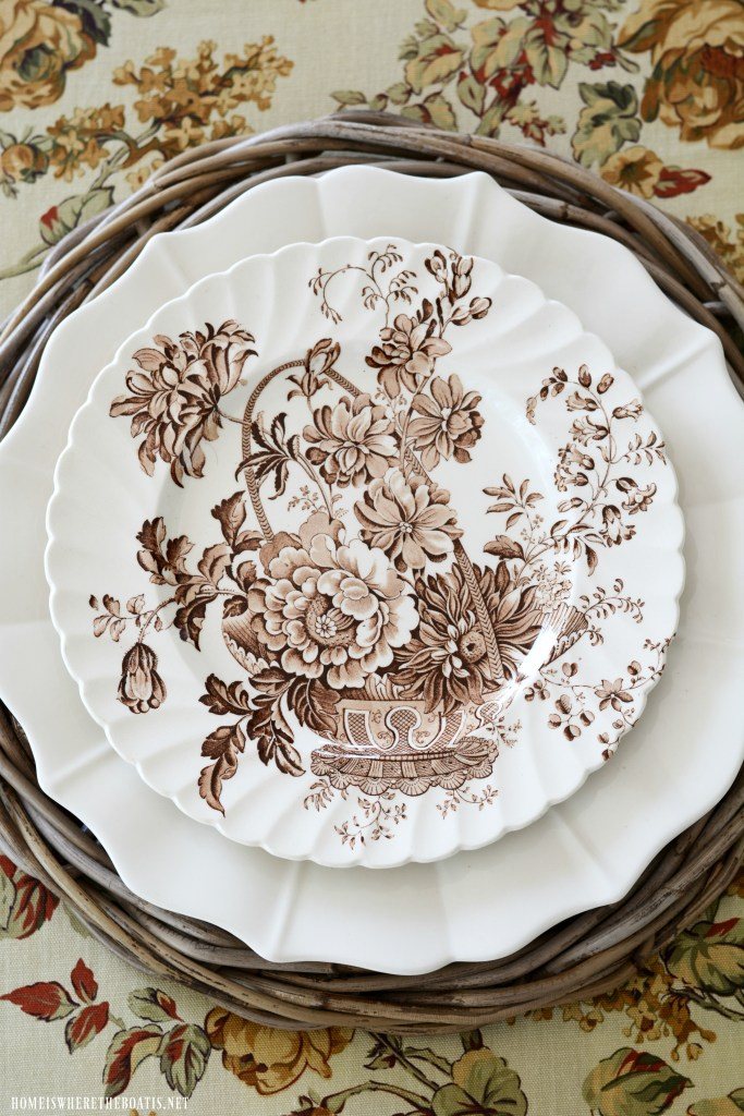 Royal Staffordshire Clarice Cliff 'Charlotte'| ©homeiswheretheboatis.net #fall #transferware #tablescapes
