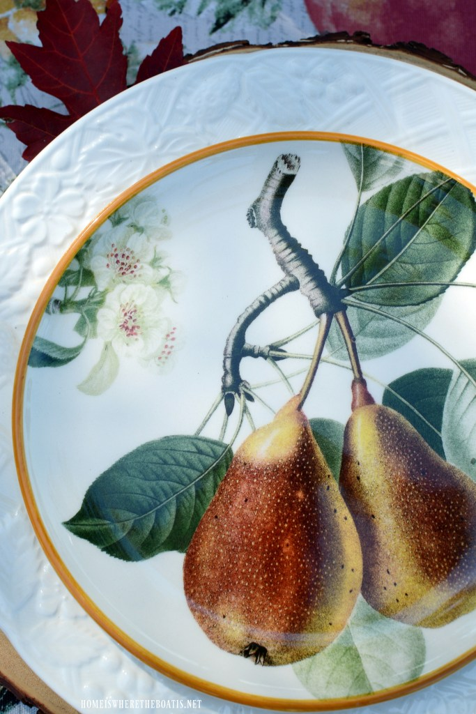 Pear plates and botanical fall fruits tablescape | ©homeiswheretheboatis.net #tablescapes #fall #fruit #alfresco