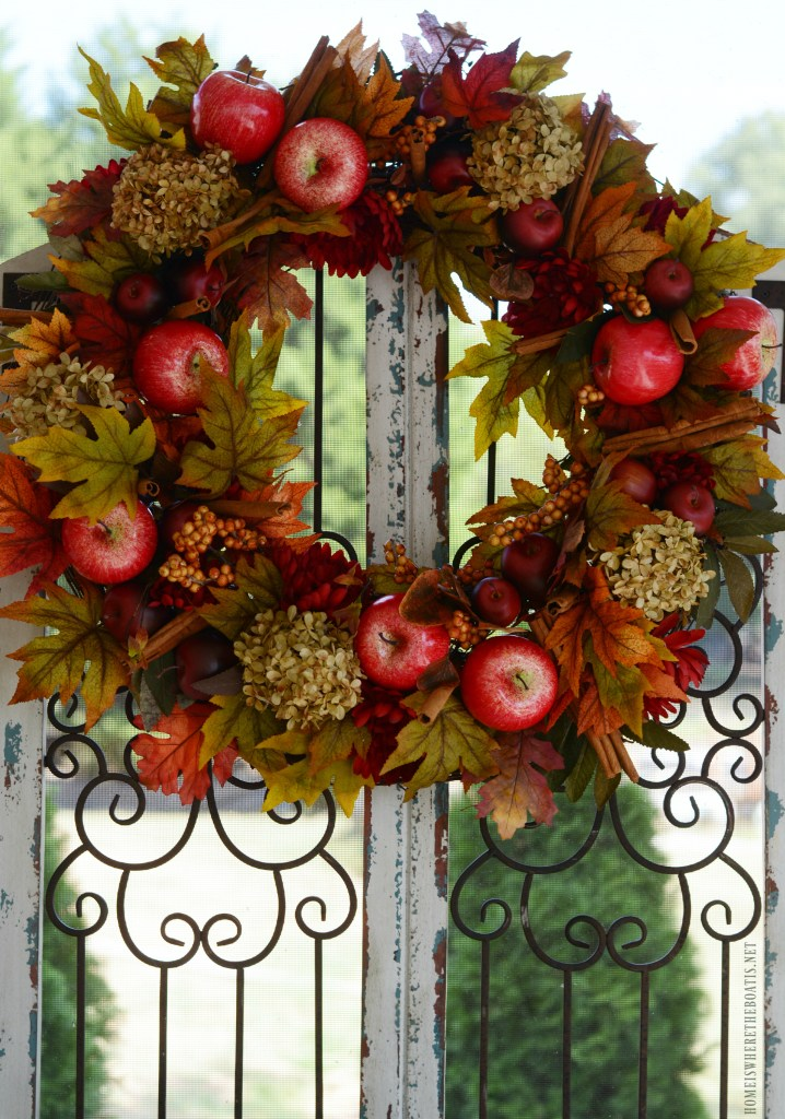 DIY Apple Spice Wreath and Apples on the Porch | ©homeiswheretheboatis.net #fall #porch #apples #wreath