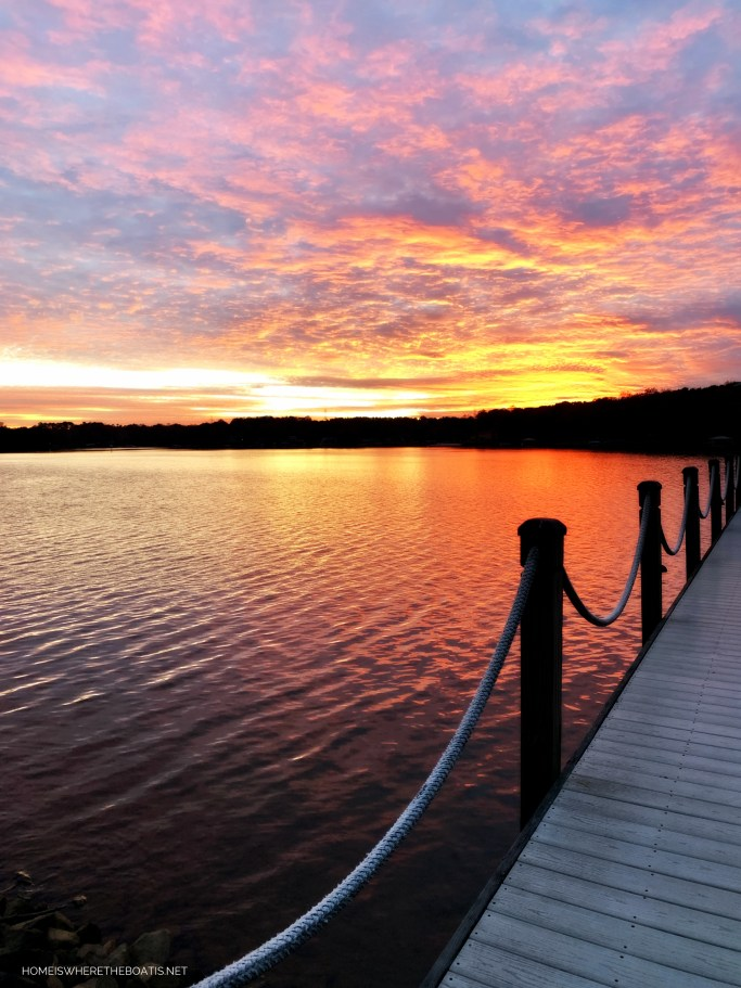 Sunset Dock Lake Norman | ©homeiswheretheboatis.net #sunset #LKN
