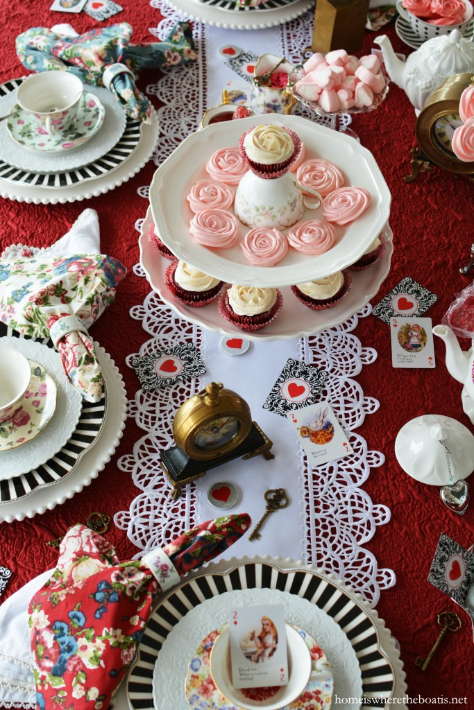 Alice in Wonderland inspired tea and table for Valentine's Day | ©homeiswheretheboatis.net #party #tablescape #valentinesday #aliceinwonderland