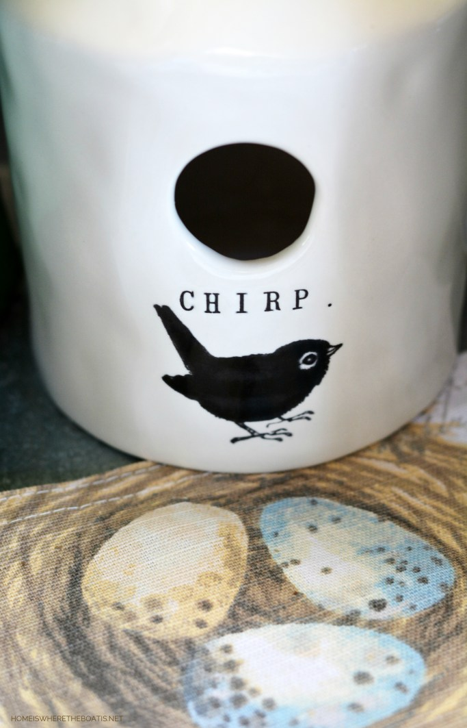 Chirp Rae Dunn Birdhouse | ©homeiswhetheboatis.net