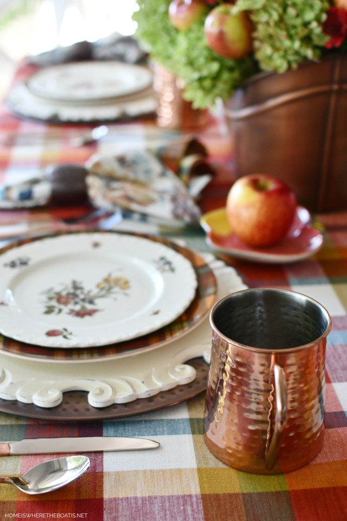 Falling for Apples Transitional Fall Table | ©homeiswheretheboatis.net #fall #tablescapes #apples #plaid