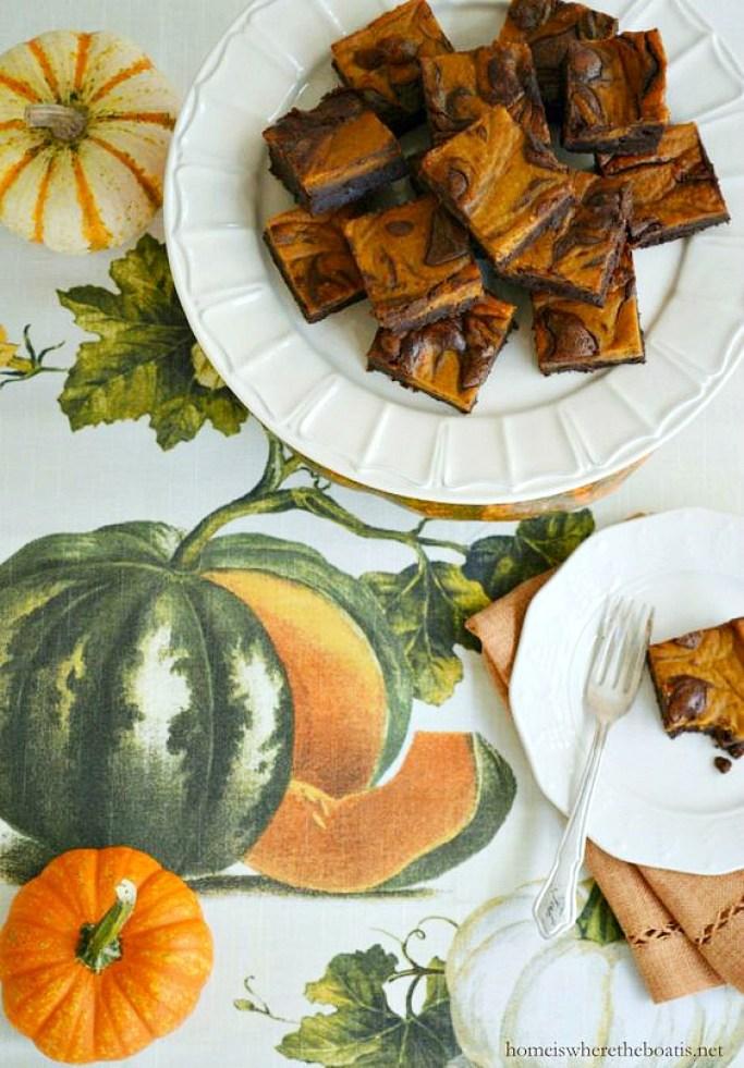Pumpkin Spice-Chocolate Swirl Brownies | ©homeiswheretheboatis.net #fall #recipes #pumpkin #brownies