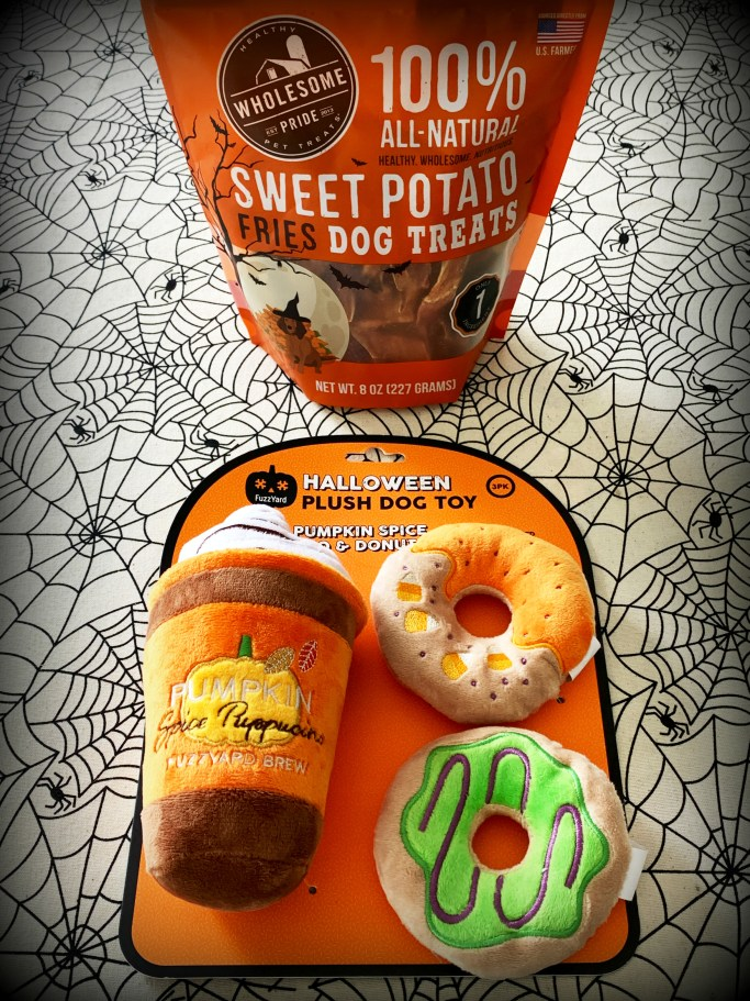 Sweet Potato Dog Treats and Pumpkin Spice 'Puppucino' and Donut Squeaky Toys Halloween Giveaway! | ©homeiswheretheboatis.net
