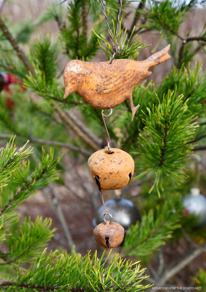 Bird with bells Christmas ornament | ©homeiswheretheboatis.net #shed #christmas #greenery #garden