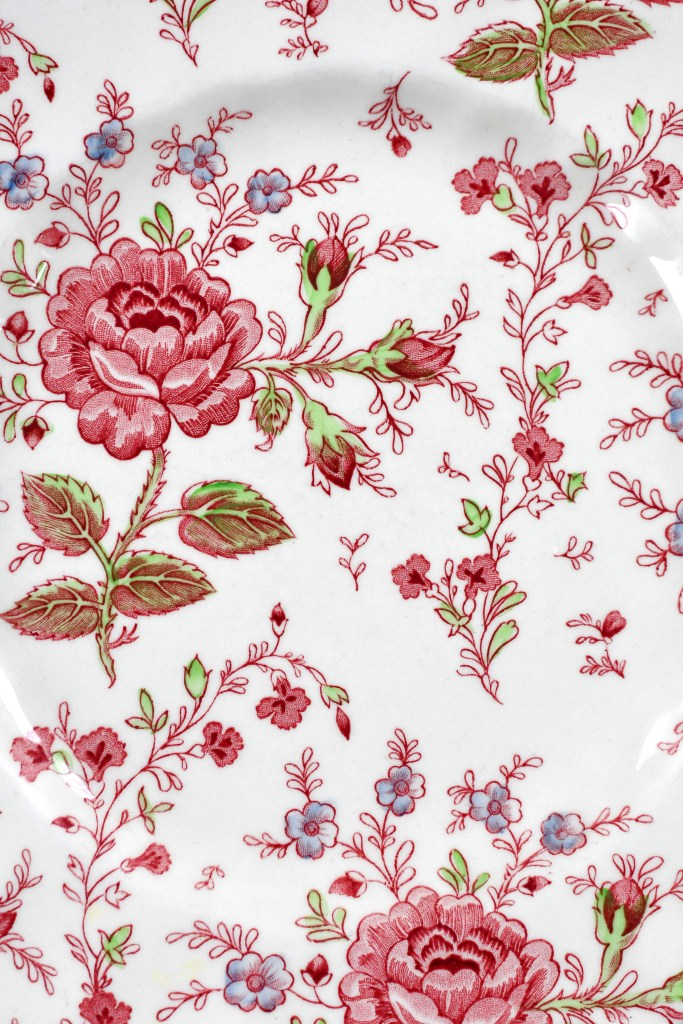 Johnson Brother Rose Chintz and Valentine's Day table   ©homeiswheretheboatis.net #valentinesday #tablescapes