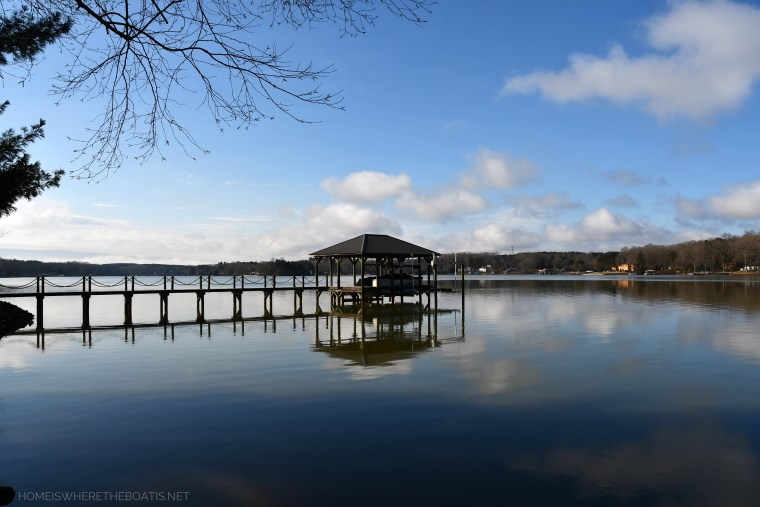 Weekend Waterview boat dock Lake Norman | ©homeiswheretheboatis.net