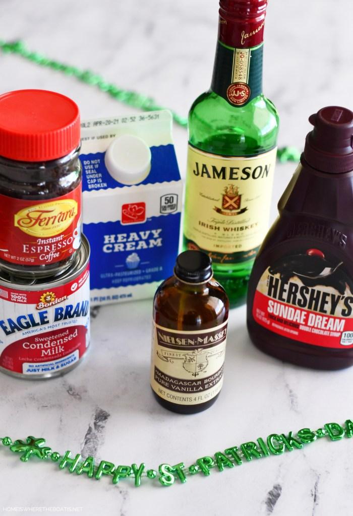 Easy Blender Irish Cream   ©homeiswheretheboatis.net #stpatricksday #irish #cocktail #easy #recipe
