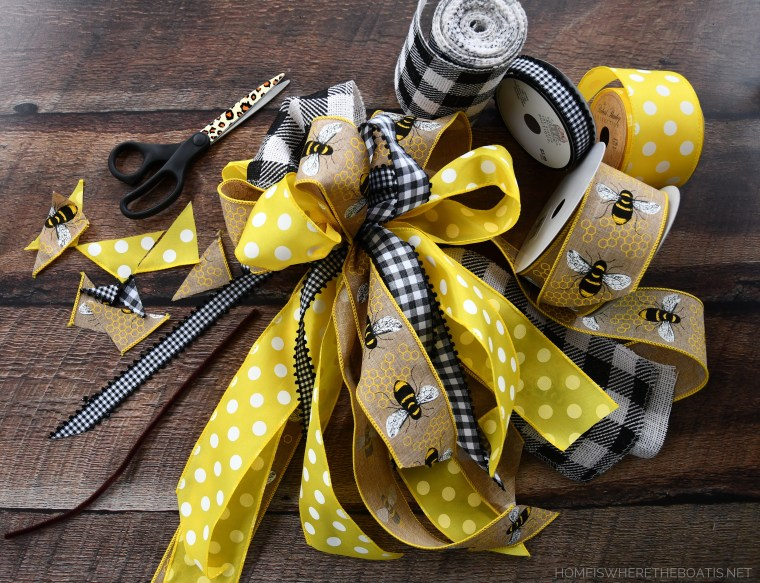 Easy bow-making technique to make a multi-ribbon bow, no bow-tying skills required! | ©homeiswheretheboatis.net #DIY #craft #wreath #bees #earthday