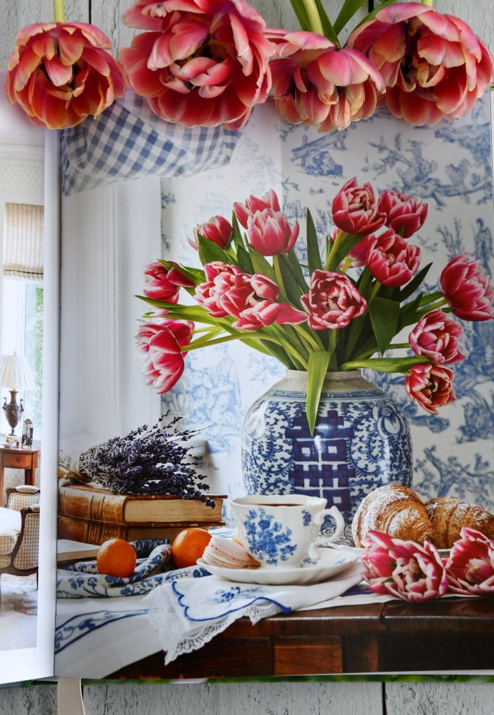The Art of Flowers book from the editors of Victoria Magazine | ©homeiswheretheboatis.net #flowers #book #giveaway