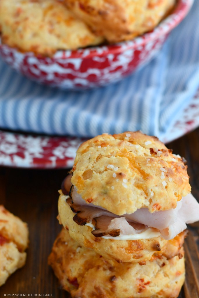 Pimento Cheese Drop Biscuits | ©homeiswheretheboatis.net #easy #recipe #biscuits #cheese
