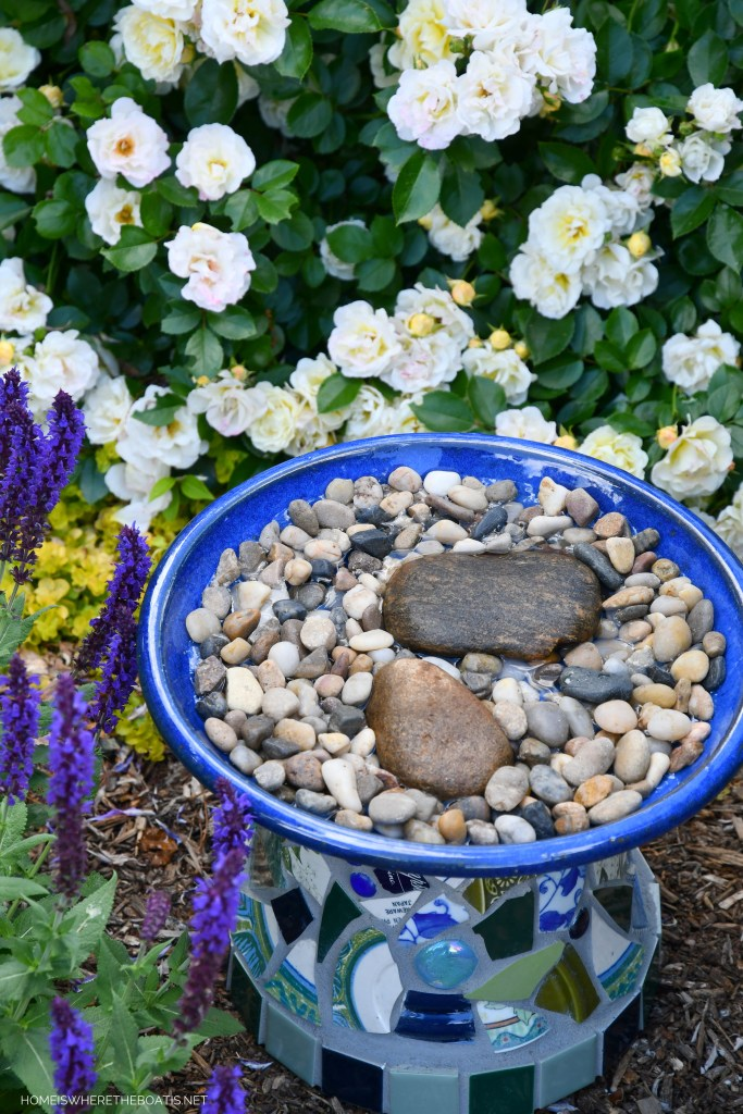 How to Make a Safe and Easy Bee Watering Station for Pollinators | ©homeiswheretheboatis.net #DIY #bees #garden #flowers