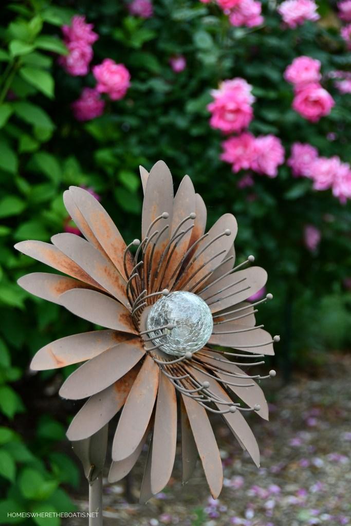 How to refresh a tired garden stake | ©homeiswheretheboatis.net #garden #flowers #DIY