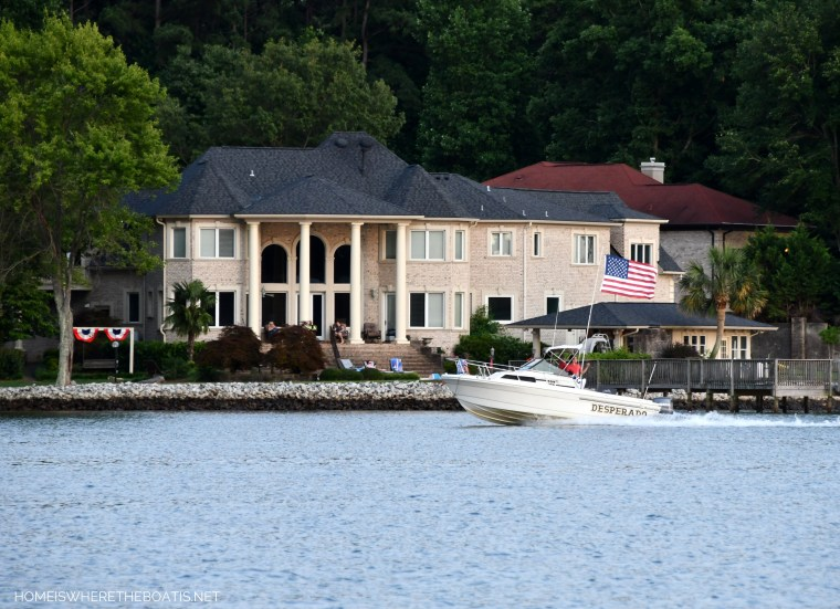 American flag on boat   ©homeiswheretheboatis.net #boating #lake #LKN #flag #4thofjuly