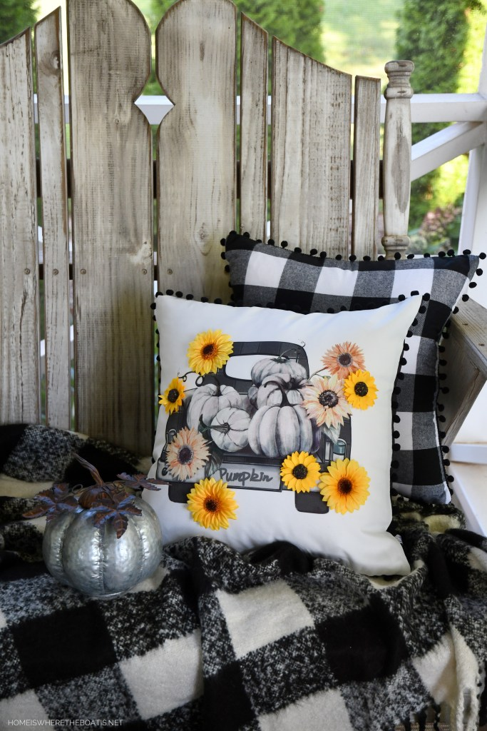Easy DIY Fall Pillow Embellishment and 5-Minute Craft Project | ©homeiswheretheboatis.net #sunflowers #DIY #fall #pillow