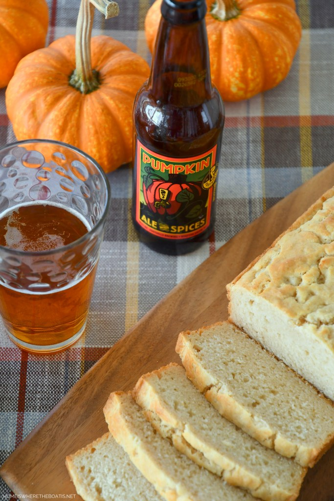 Quick and Easy Four-Ingredient Pumpkin Beer Bread   ©homeiswheretheboatis.net #easy #quickbread #recipe #pumpkin #fall