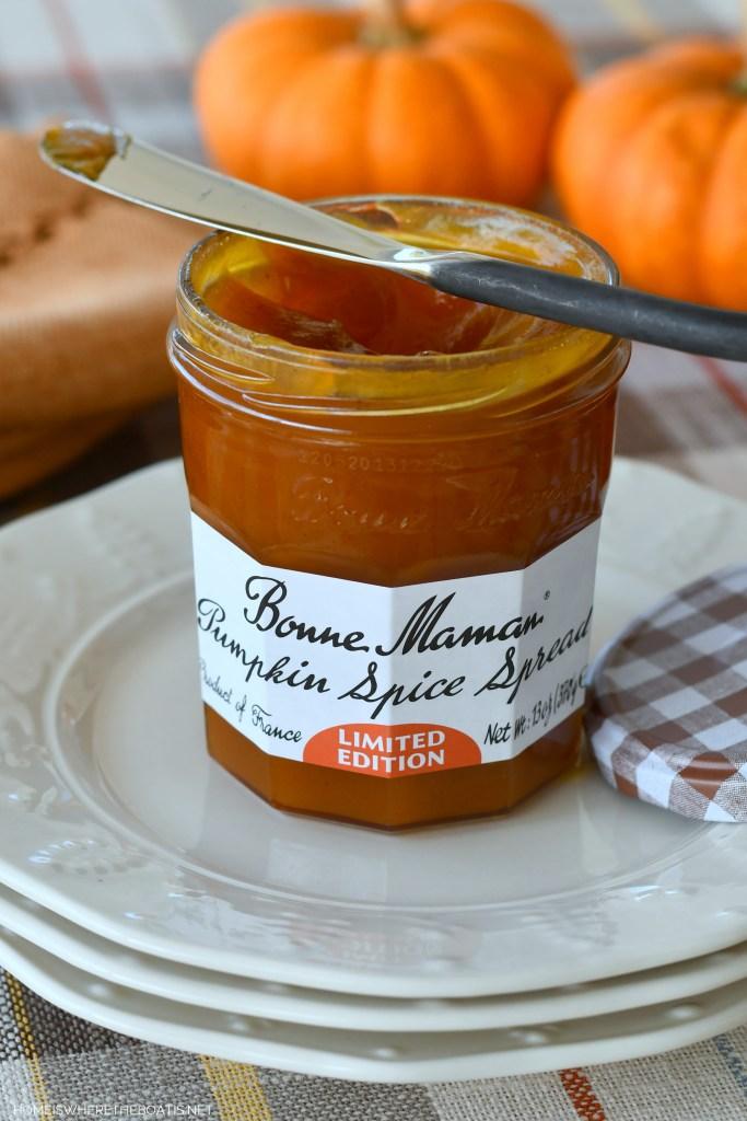 Bonne Maman Pumpkin Spice Spread   ©homeiswheretheboatis.net #easy #quickbread #recipe #pumpkin #fall