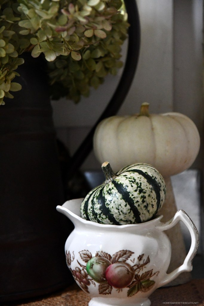 Garden table and Harvest Time by Johnson Brothers with pumpkin | ©homeiswheretheboatis.net #fall #harvest #tablescape