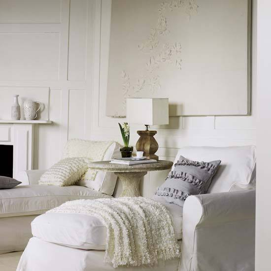 6 white traditional living room ideas 2011 His and hers  White traditional living room ideas 2011