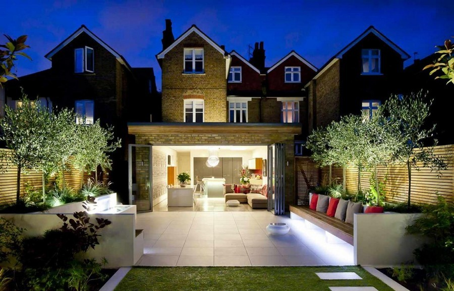 Outdoor Lighting: 6 Inspiring Ideas & 60 Amazing Photos ... on Terraced House Backyard Ideas id=33471