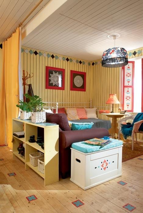 summer cottage living room decoration