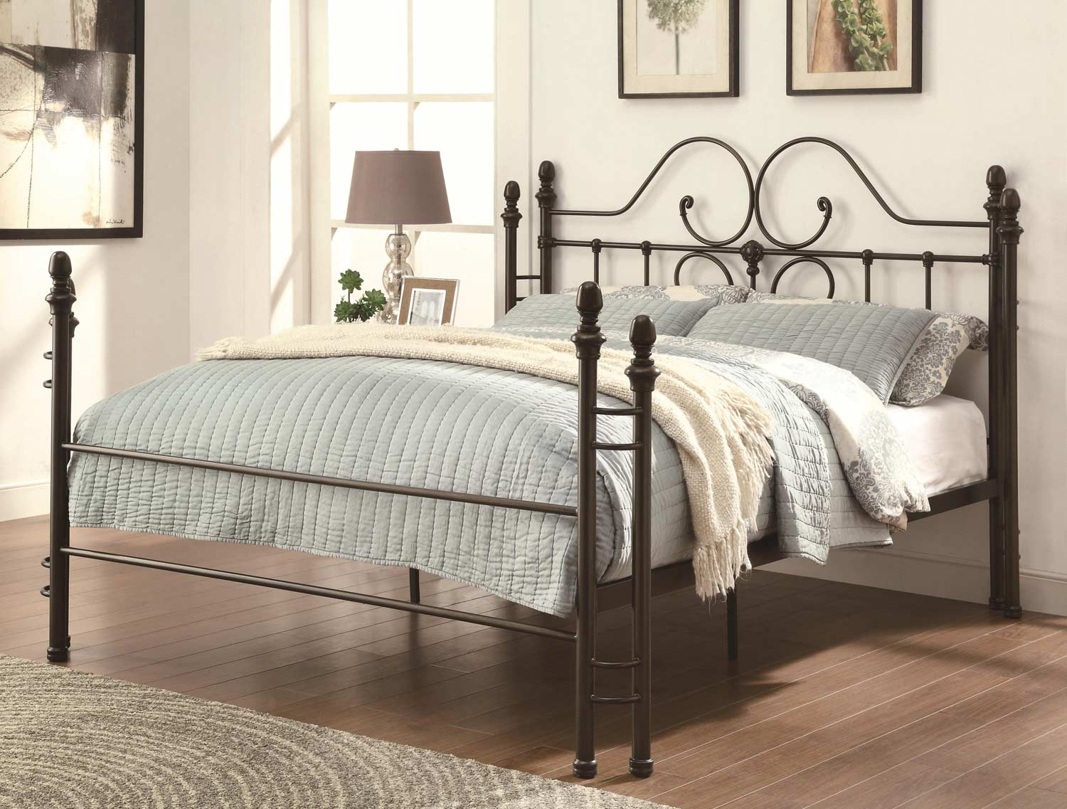 Coaster 300471 Iron Queen Bed