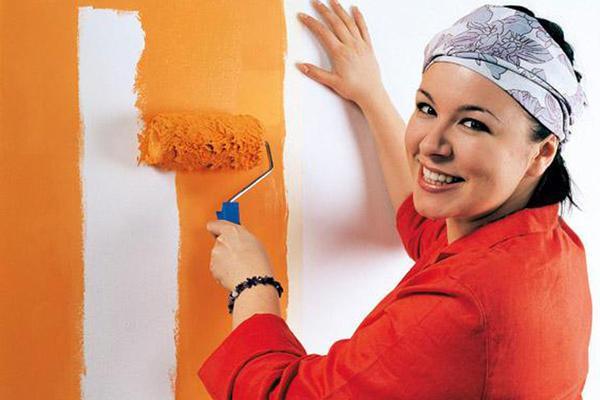 Покраска обоев: как в два цвета, фото стен, какие можно ...