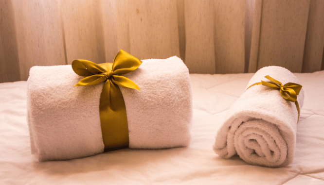 Towels cleaned before hiring a real estate agent.