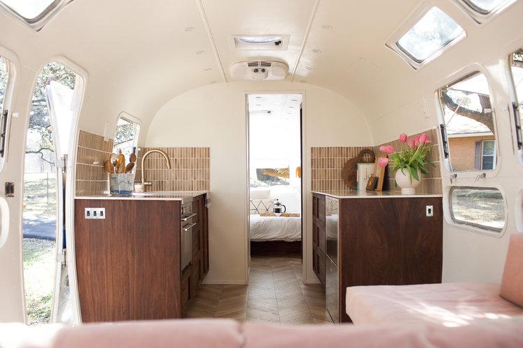 Tiny home idea by the modern caravan