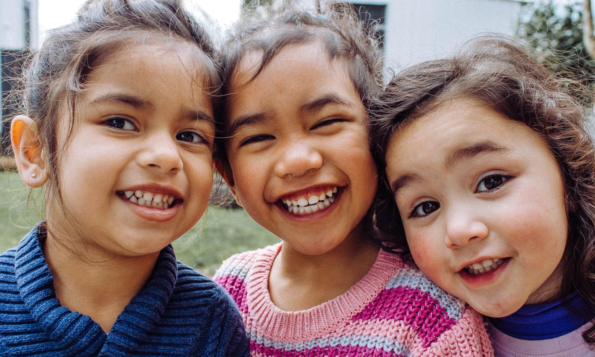 お子さんがバイリンガルに育つための要素とは?