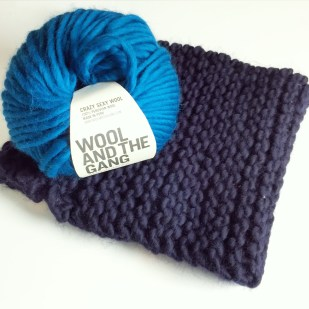Simple Snood in Midnight Blue, Crazy Sexy Wool