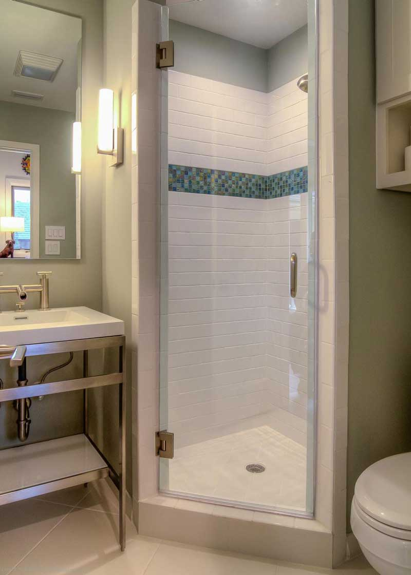 Beautiful Bathroom With Small Tile Shower