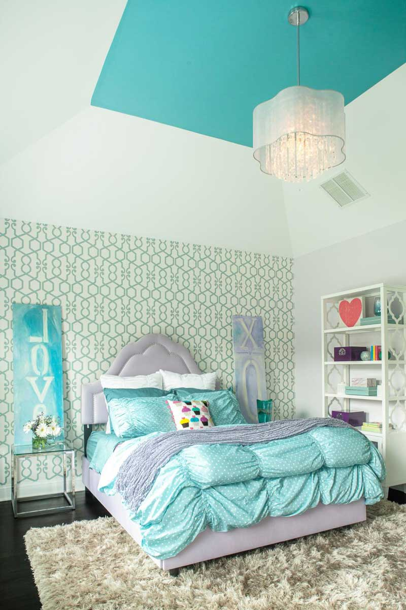 Glamorous Teenage Girl Bedroom With Graphic Accent wall