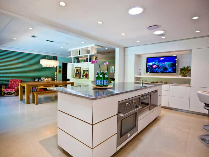 Kitchen Island With Stainless Steel Countertop